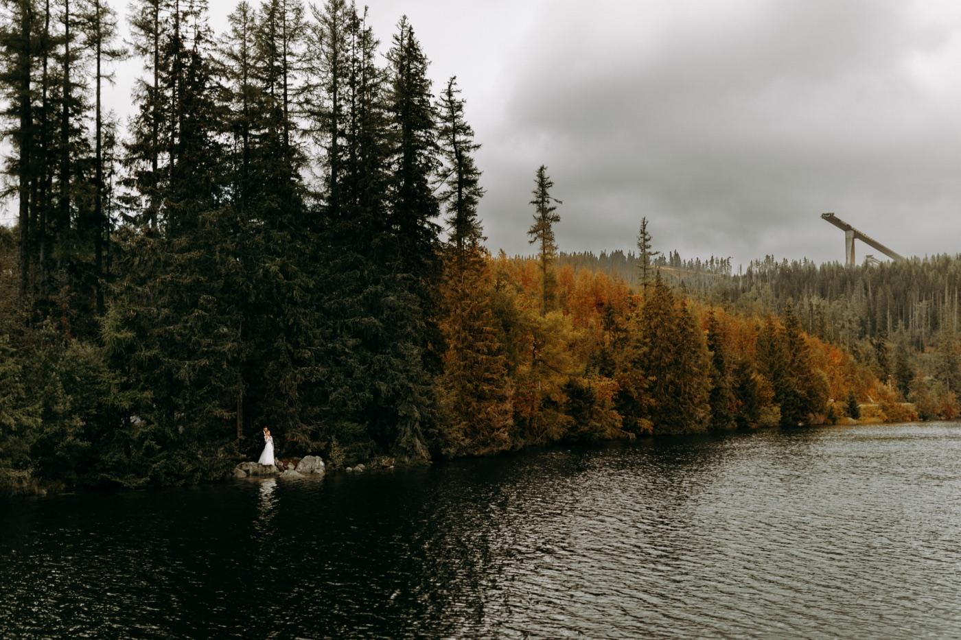 Szczyrbskie Jezioro (Štrbské Pleso) w Tatrach Słowackich 15